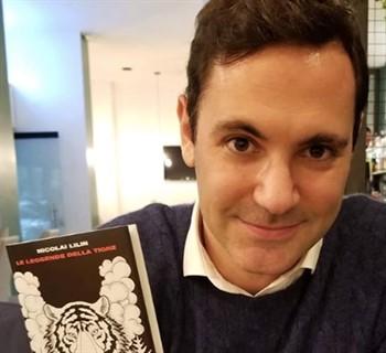 Chi è Francesco Vecchi: Biografia, Età, Fidanzata Conduttore Mattino 5