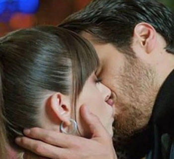 Bitter Sweet: Streaming Serie Completa Dolunay | Sottotitoli in Italiano