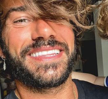 Chi è Claudio Sona: Biografia, Età, Fidanzato, Uomini e Donne e GF VIP 2020