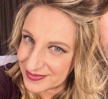 Chi è Katia Follesa: Biografia, Età, Dimagrimento, Marito e LOL Chi Ride è Fuori