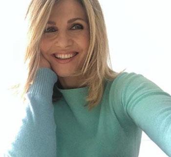 Chi è Lorella Cuccarini: Età, Altezza, Marito, Figli, Curiosità e Amici 20
