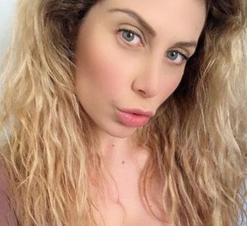 Chi è Paola Caruso: Biografia, Età, Figlio, Ex Dario Socci e Instagram
