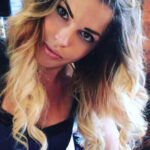 Chi è Carlotta Dell'Isola GF VIP: Biografia, Età, Fidanzato Nello, Padre e Instagram