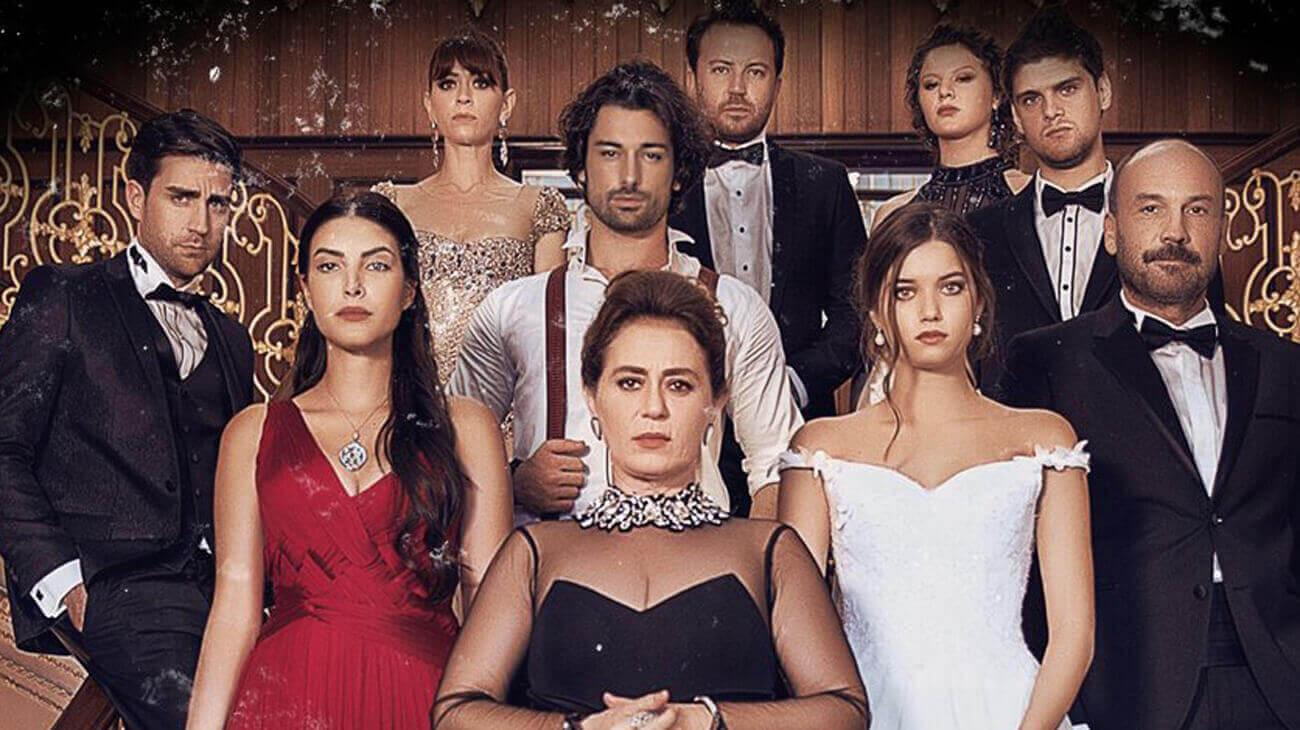 Fazilet Hanim ve Kizlari: Trama, Episodi e Cast di Fazilet e le Sue Figlie