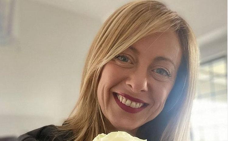 Chi è Giorgia Meloni: Biografia, Età, Compagno Andrea, Figlia e Politica