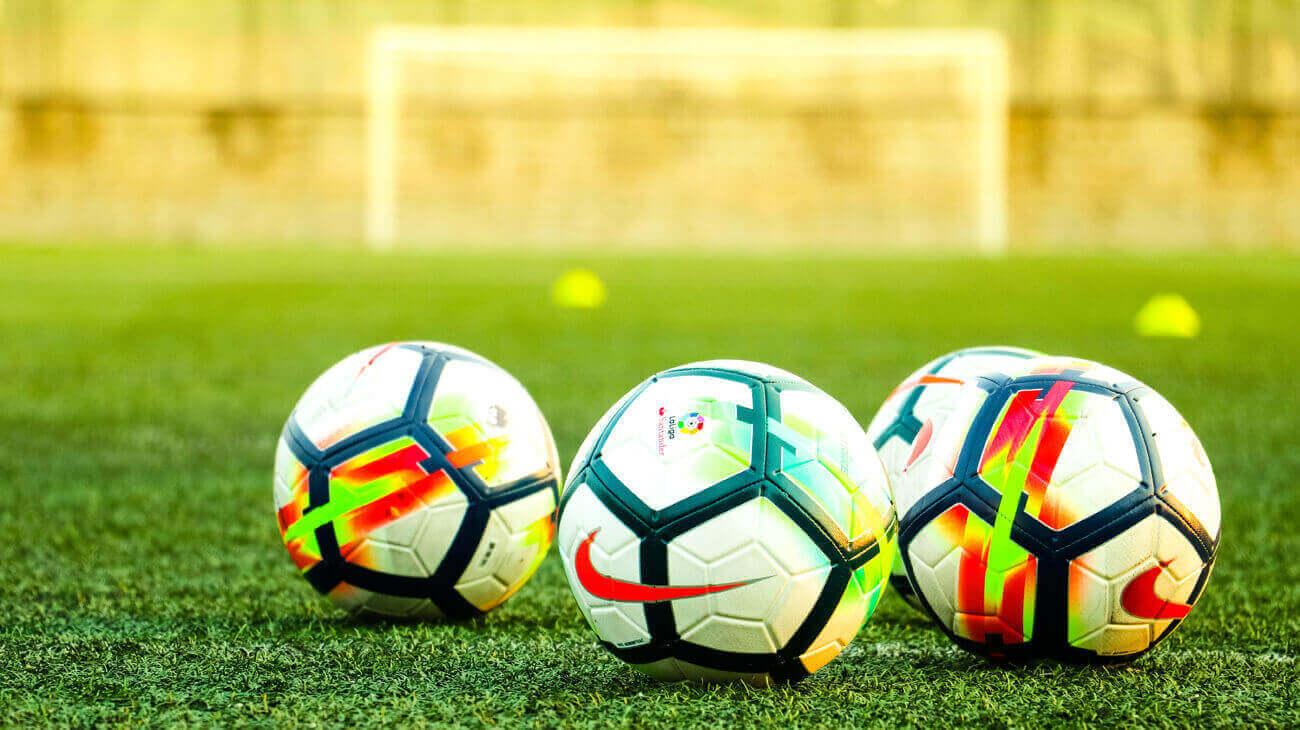 Calcio in Tv e Streaming 2021/2022: Quale Abbonamento Fare?