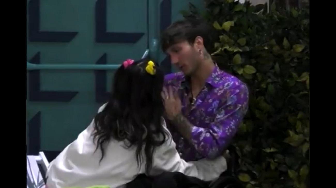 GFV 6, Manuel Bortuzzo rifiuta il bacio di Lulu: la camicia non è galeotta